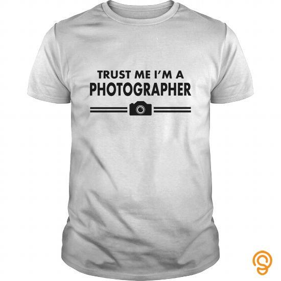 ergonomic-trust-me-photographer-shirt-t-shirts-material