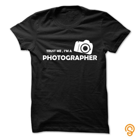 Innovation Trust me , im a photographer T Shirts Size Xxl